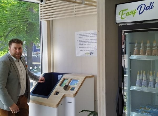 Nordic ID RFID self checkout in Easy Deli